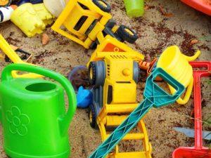 Gezocht: speeltuinmaatje voor twee jonge kinderen